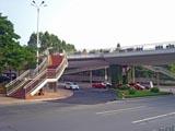 人行天桥两侧防护栏杆